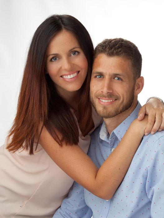 http://www.clinicagarciamonleon.com/wp-contingut/uploads/2015/12/parella-odontologia.jpg